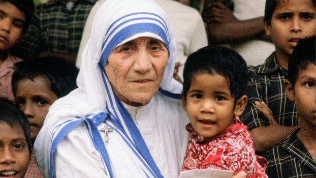 Mother teresa Most Braver and Helpful Women's In India International Women's Day